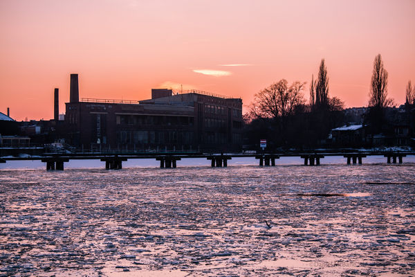 Frozen Spree River Berlin