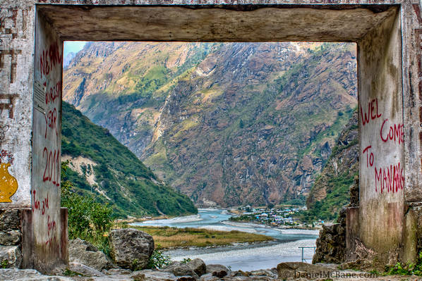 Welcom to Manang gate near Tal
