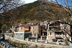 Tibetan homes in Maerkang, Sichuan, China
